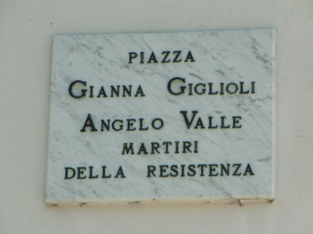Piazza Gianna Giolioli und Angelo Valle
